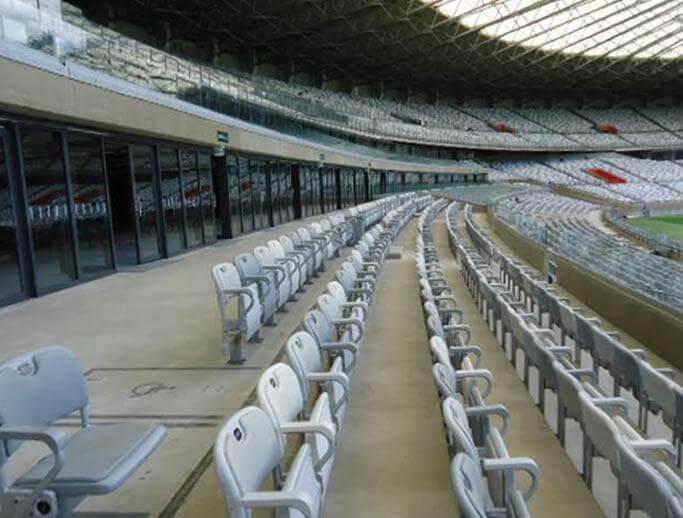 Fornecimento e Instalação de Assentos e Mobiliário Esportivo