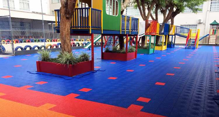 Pisos modulares e a segurança de seu playground